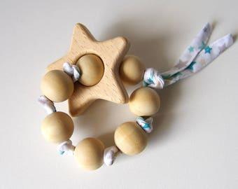 Anneau de dentition en bois, étoile, perles et tissu à personnaliser