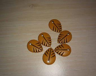 leaf Brown plastic beads.