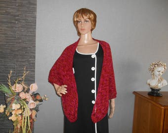 handmade shawl, red shade gradient, knit