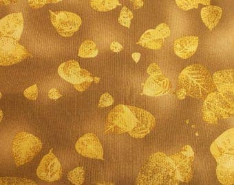 Coupon fabric 90 x 110 cm - Brown pattern leaves yellow