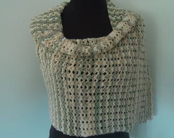 beautiful soft scarf in Tunisian crochet