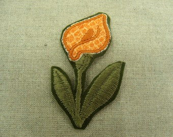 patch fusible-pattern: orange flower with green stem