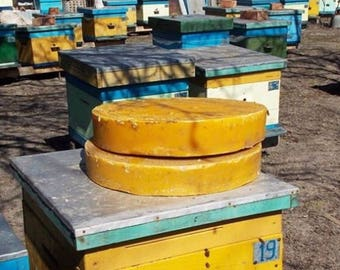 Beeswax 60 oz Wholesale cosmetic premium quality yellow bees wax organic home art candle dark amber Eco friendly Natural 100% pure