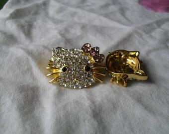 kitty head rhinestone connector gold 17 x 20