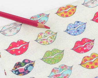 Kiss me 100% Cotton Fabric BY HALF YARD Lips floral / mouth / digital print / free shipping / quilting / flower pattern lip shape F5/489+