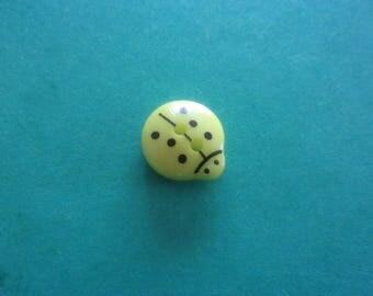 Yellow Ladybug button, 2 holes - 13mmx12mm
