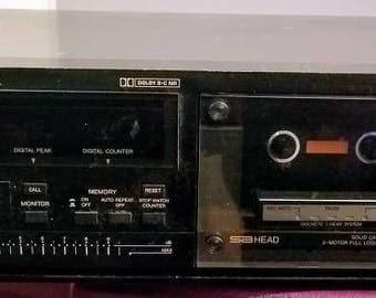 Antique JVC TD-V66J stereo cassette deck