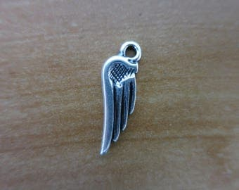 Silver wing charm