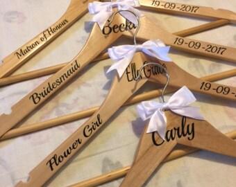 Personalised Wedding Hangers SET OF 8 Bride, Groom, Bridesmaid.Wedding Gift Wedding Dress Hanger