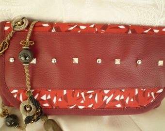 Purse with red printed jewelry