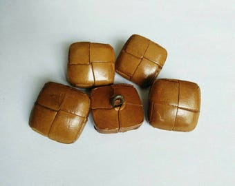 Set of 5 vintage buttons square brown leather