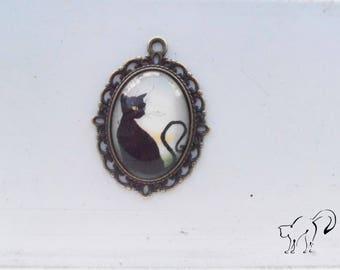 Vintage black cat motif cabochon pendant