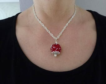 The Choker necklace with red Lampwork Glass Bead on silver plated chain