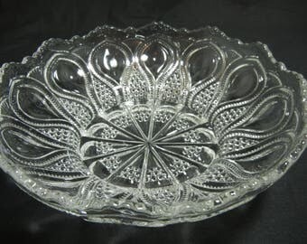 """9"""" Bowl, New Jersey """"Loops and Drops"""" Pattern by U.S. Glass Company"""