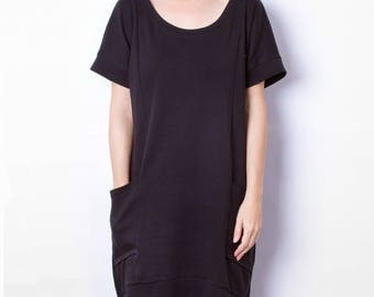 Black dress with pockets, batwing sleeves