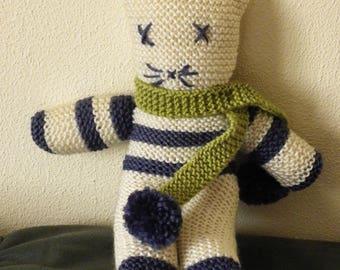 cuddly cat with stripes in garter stitch