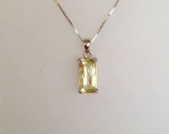Pendant in silver 925 and natural stone lemon quartz, silver pendents, natural stones, silver jewels,