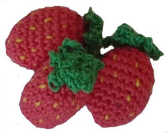 Strawberry crochet by three (large)