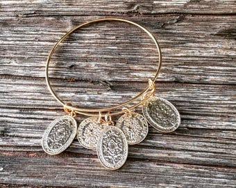 Gold chains Bracelet