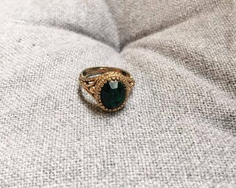 Vintage Green Costume Jewellery Ring