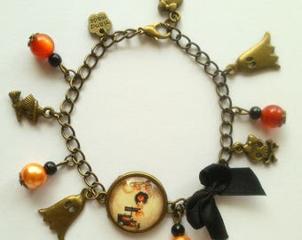 "Bracelet bronze Halloween ""little witch"" charm"