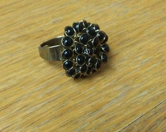 costume vintage black and gold toned ring