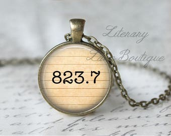 Jane Austen '823.7' Dewey Decimal, Library Books, Reading Necklace or Keyring, Keychain.