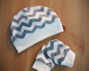 Preemie hat and mitts sets (see photos for options)