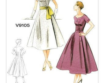 By Vogue V9105 retro vintage sewing pattern