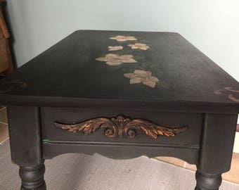 2 matching end tables with painted vintage floral designs
