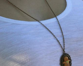 Necklace with Cameo biscuit