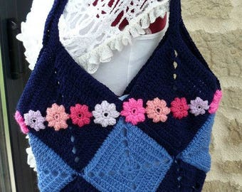 shades of blue crocheted bag