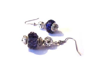 Retro, pearls earrings purple black patterns