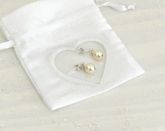 Earrings in 925 sterling silver and Crystal bead