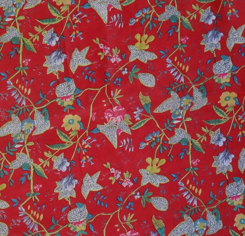tissu indien au m tre oiseau de paradis rouge. Black Bedroom Furniture Sets. Home Design Ideas