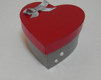 Painted heart shaped jewelry box
