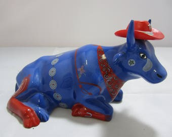 Cow Parade  Even Cowgirls Get the Blues  2001  Cow Figurine #9180