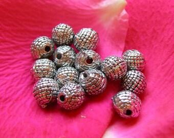 Beaded round bead