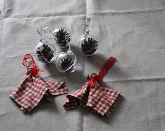 set of 2 little elves of Christmas fabric and 4 transparent balls