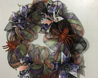 Halloween Wreath, Deco Mesh Wreath, Spiders and Witches Feet Wreath
