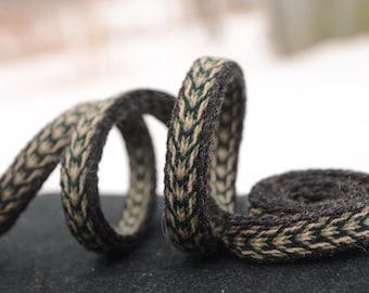 Tablet woven belt / Black Green White / Viking pattern / Unique band / Medieval clothing / 20 mm woven strap / Unisex belt / Card weaving