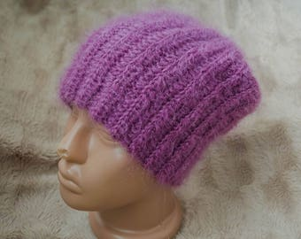 This warm female hat for all occasions