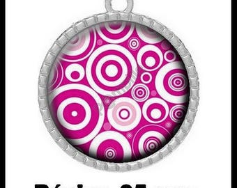 Round Cabochon pendant 25 mm epoxy - circles in pink (918)