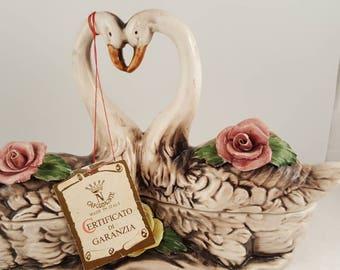 Capodimonte double swan in love trinket box