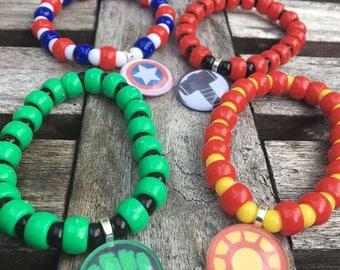 The Avengers party favors.The Avengers bead bracelet.The Avengers pendant necklace.Captain America-Hulk-Iron man-Thor party favors