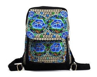 Mochila Bordada Azaleia/ Azalea Embroidered Backpack