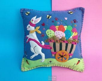 bunny decorative pillow / home decoration / rabbit decoration / easter decor / easter primitive decoration / primitive pillow