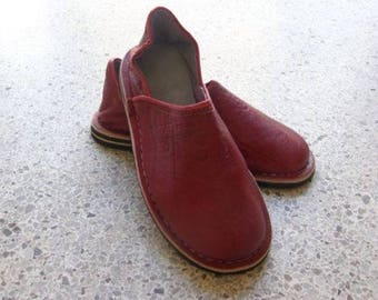 Moroccan Hand Made Red Leather Shoes Women size 39