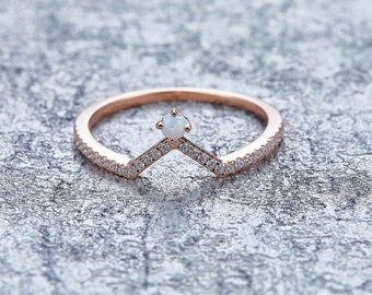 Lovely Synthetischer Opal Diamant Ring