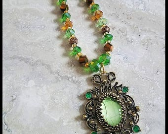 Green antique looking Crystal necklace